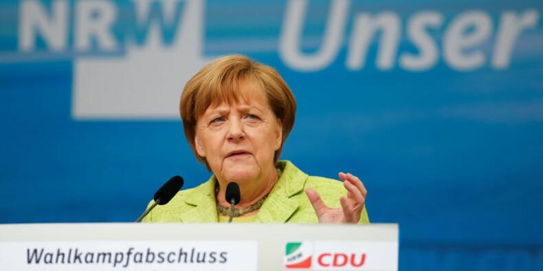 Pour Merkel, l'élection de Macron contribuera à redynamiser l'Europe