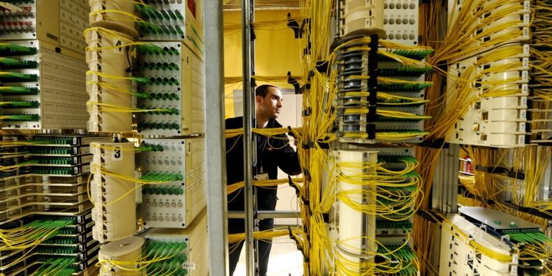 Orange traîné en justice par SFR sur la fibre optique