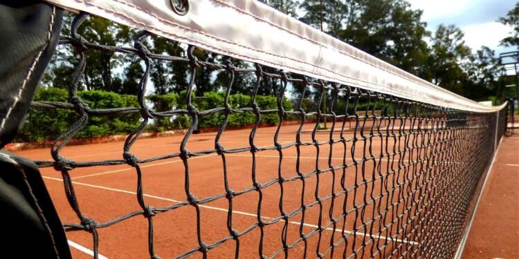 Au Sénat, Gérard Larcher ne veut pas lâcher les courts de tennis