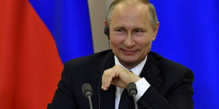 Premier entretien téléphonique entre Poutine et Macron, dit le Kremlin