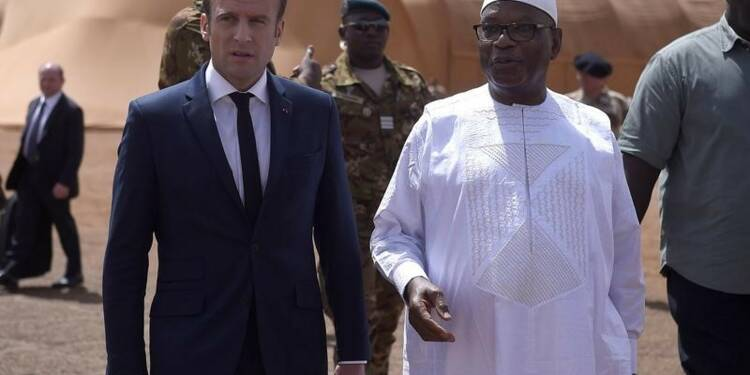 """A Gao, Macron appelle à """"accélérer"""" la sécurisation du Sahel"""