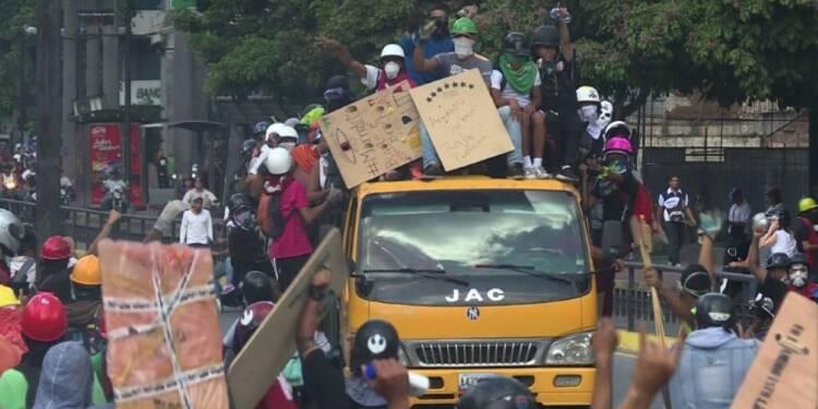Venezuela : plus de 200.000 manifestants contre Maduro