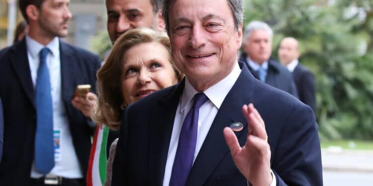 Draghi (BCE) ne voit pas de nécessité à changer d'orientation