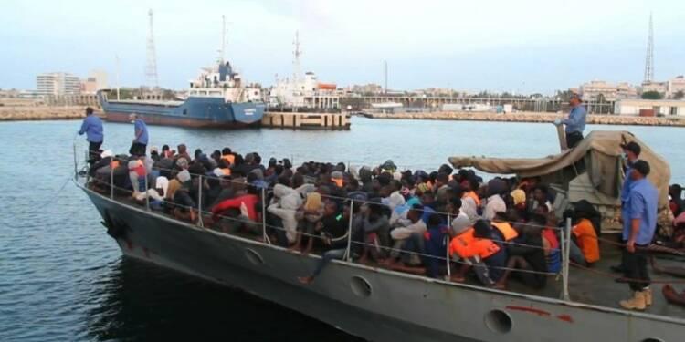 Chaos en Méditerranée: des centaines de migrants en difficulté