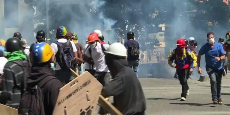 Venezuela: la police disperse des manifestants avec du gaz