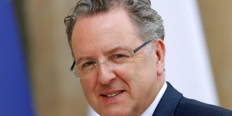 Ferrand reste au gouvernement malgré l'ouverture d'une enquête