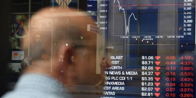 La livre sterling chute à 1,33 dollar