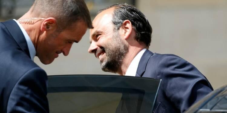Edouard Philippe en appui du porte-parole de son gouvernement