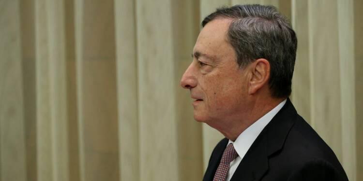 """Draghi ne mentionne plus de """"risques baissiers"""" sur l'économie"""