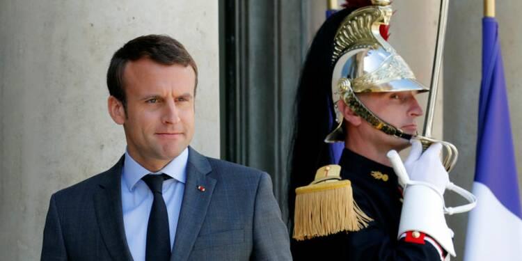 Macron en passe d'achever la conquête du pouvoir