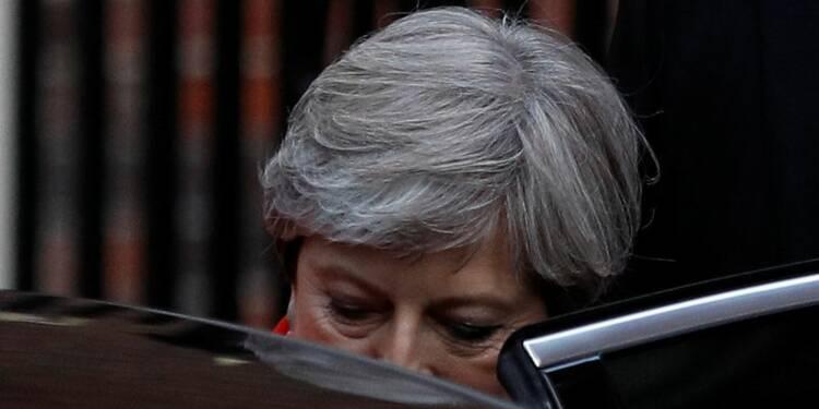Le Parti conservateur britannique perd sa majorité absolue