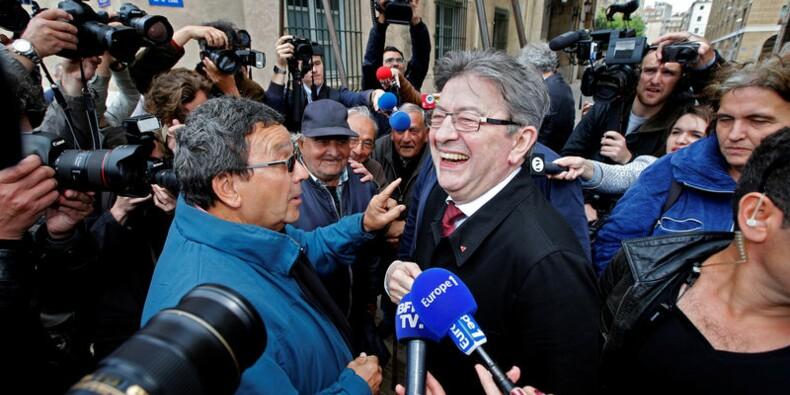 """Mélenchon met en garde contre un """"coup d'Etat social"""""""