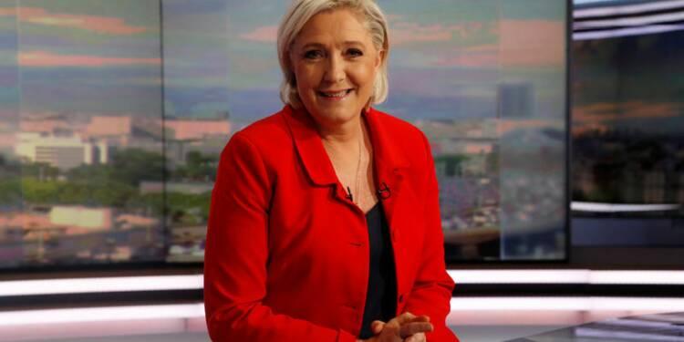 Le Pen bien placée dans le Pas-de-Calais, appelle à un sursaut