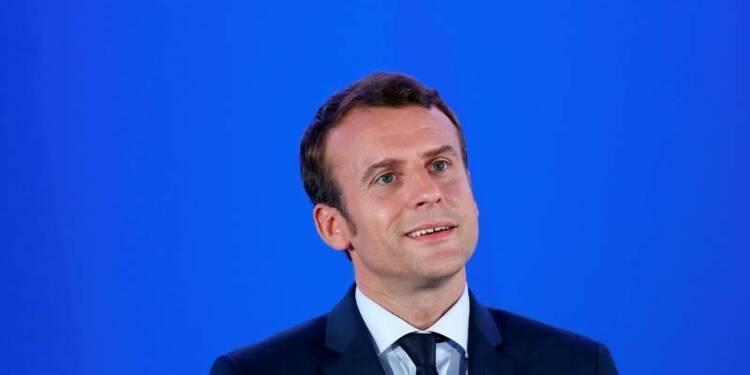 Macron devance toujours Le Pen au premier tour