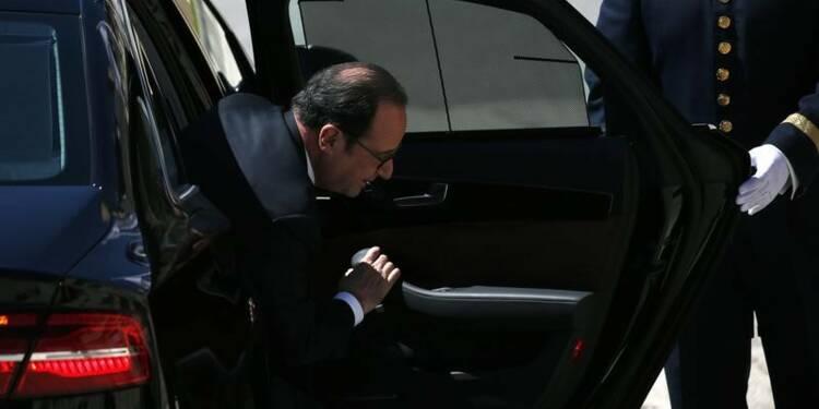 Hollande demande aux parlementaires guyanais de ramener le calme