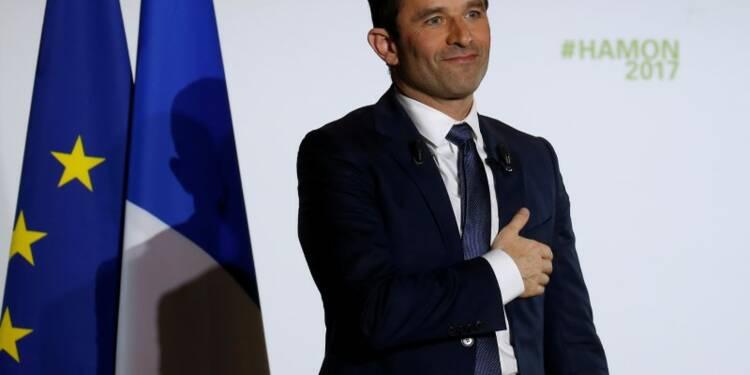 Hamon prédit une crise si Macron réforme par ordonnances