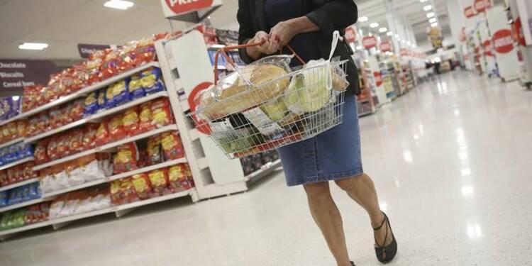 Le PIB au Royaume-Uni confirmé en hausse de 0,7% au 4e trimestre, l'épargne chute