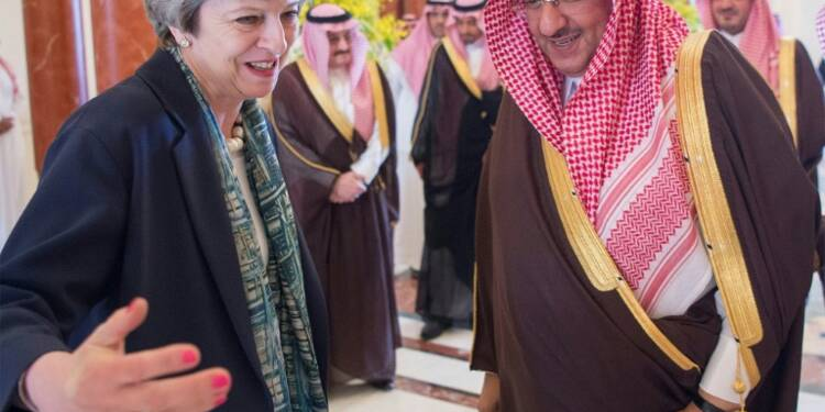 Theresa May en quête d'argent frais en Arabie saoudite