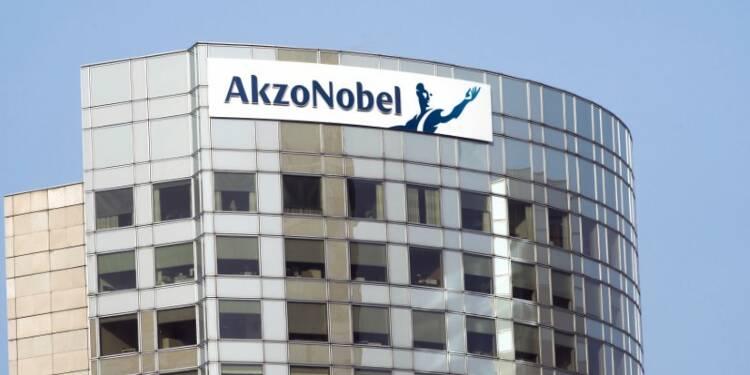 """Le président d'Akzo Nobel juge l'offre de PPG """"mauvaise"""""""