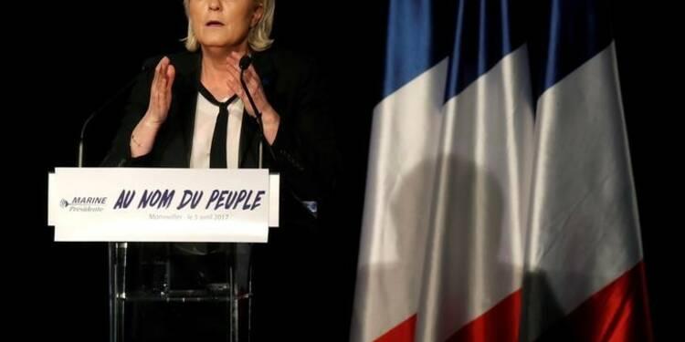 """La France n'est pas responsable de la rafle du """"Vel d'Hiv"""", estime Marine Le Pen"""
