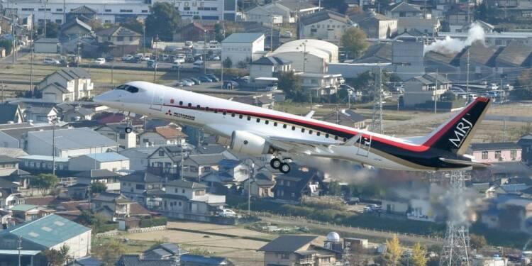 Vol inaugural du premier avion de ligne japonais depuis 50 ans
