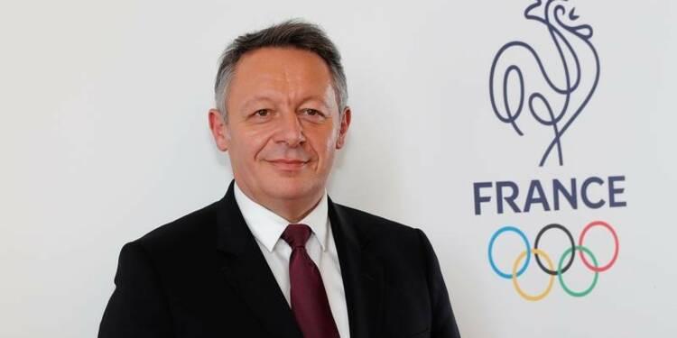 Le secrétaire d'Etat aux Sports choisit Macron