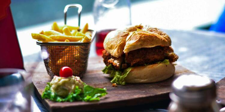 Quick et Burger King veulent s'offrir Hippopotamus et Bistro Romain