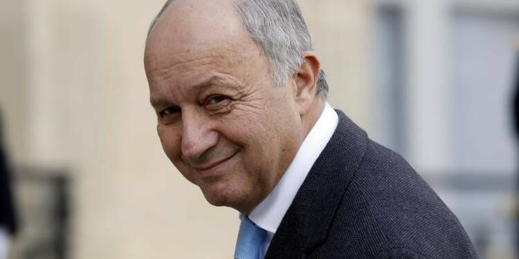 """Fabius dénonce un """"recul grave"""" après le décret Trump sur le climat"""