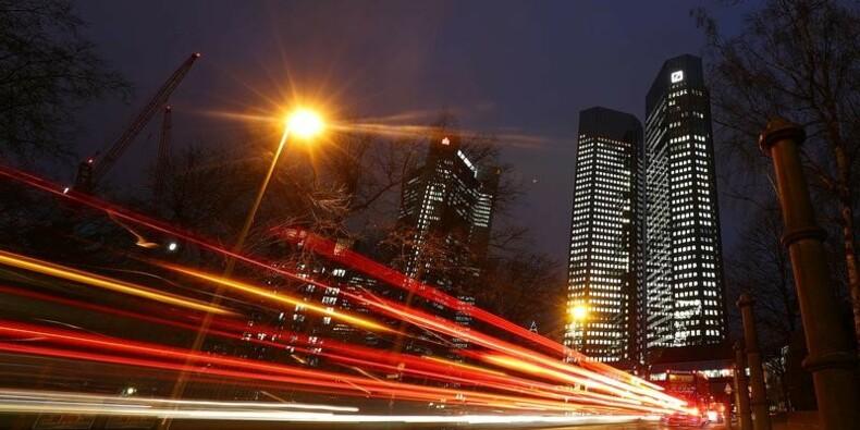 Deutsche Bank dit avoir bouclé son augmentation de capital