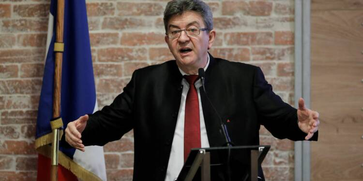 """Mélenchon précise son """"service national"""" obligatoire"""