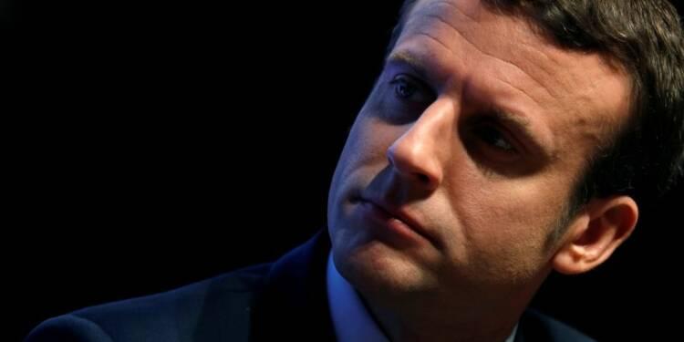"""Macron souhaite mettre fin aux accords """"favorisant"""" le Qatar"""