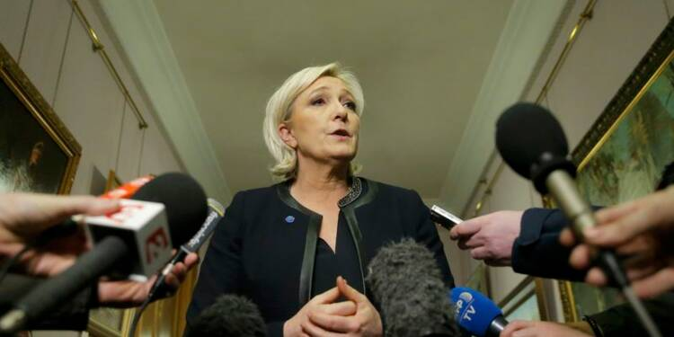 Le Pen attendra l'élection allemande pour négocier sur l'euro