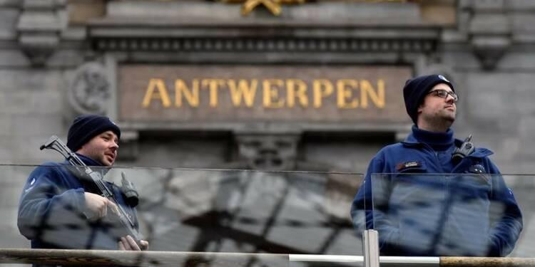 Alerte à la sécurité à Anvers, un automobiliste arrêté