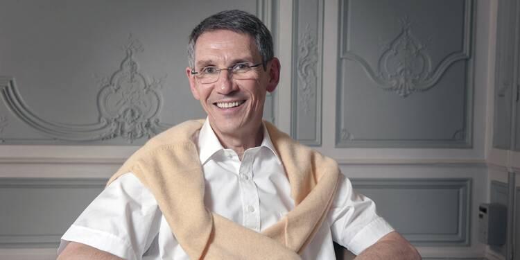 Hubert Sagnières, P-DG d'Essilor, mérite-t-il son salaire ?