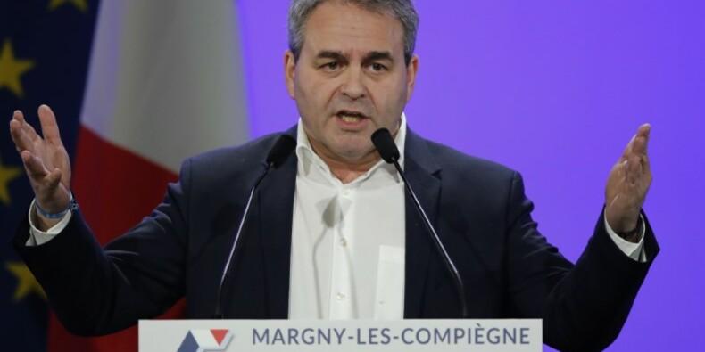 """Bertrand appelle Sarkozy et Juppé à """"faire plus"""" pour Fillon"""