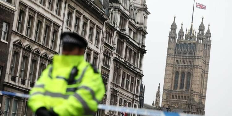 L'auteur de l'attaque de Londres identifié, huit arrestations