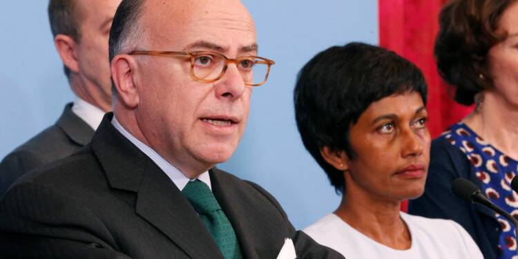 Cazeneuve juge irréaliste l'aide réclamée par le collectif guyanais