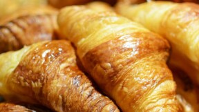 Le cours du beurre flambe : paierez-vous croissants et pâtisseries plus cher ?