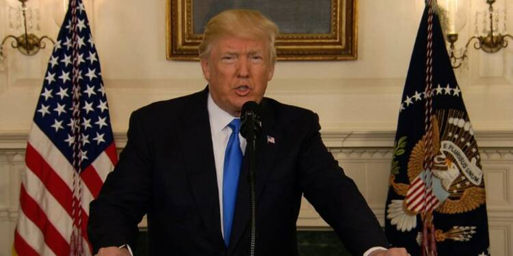 Fusillade: Trump salue l'intervention