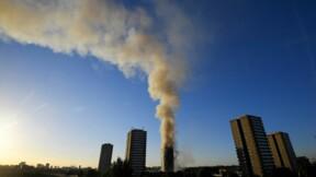 Douze morts dans l'incendie d'une tour d'habitation à Londres