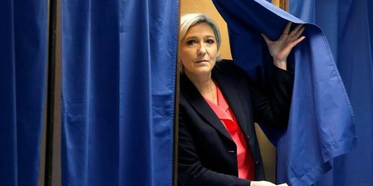 Marine Le Pen tente de contenir les rancoeurs jusqu'à dimanche