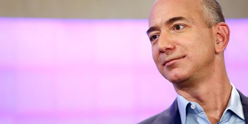 Jeff Bezos demande sur Twitter ce qu'il doit faire de sa fortune