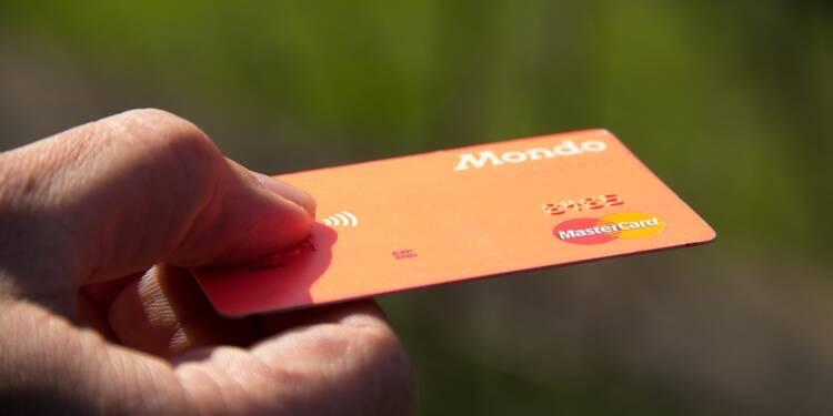 Frais bancaires : comment limiter la facture à l'étranger cet été