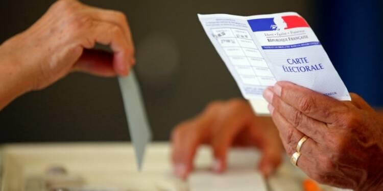 Participation en repli à 35,33% à 17h00 au 2nd tour des législatives