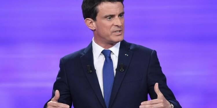 Manuel Valls à l'Assemblée, malgré une victoire contestée