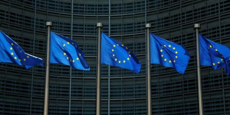 La croissance en zone euro ralentit dans le secteur privé mais reste soutenue