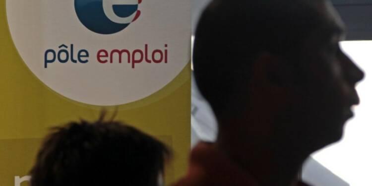 Le chômage est reparti à la hausse en mai, le nombre de demandeurs d'emploi sans aucune activité augmentant de 0,6% en France métropolitaine. /Photo d'archives/REUTERS/Eric Gaillard