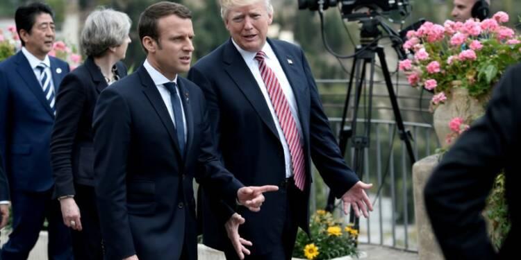 """Syrie: Trump et Macron parlent """"réponse commune"""" en cas d'attaque chimique"""