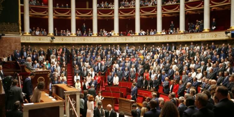 Macron place ses hommes et impose ses règles à l'Assemblée
