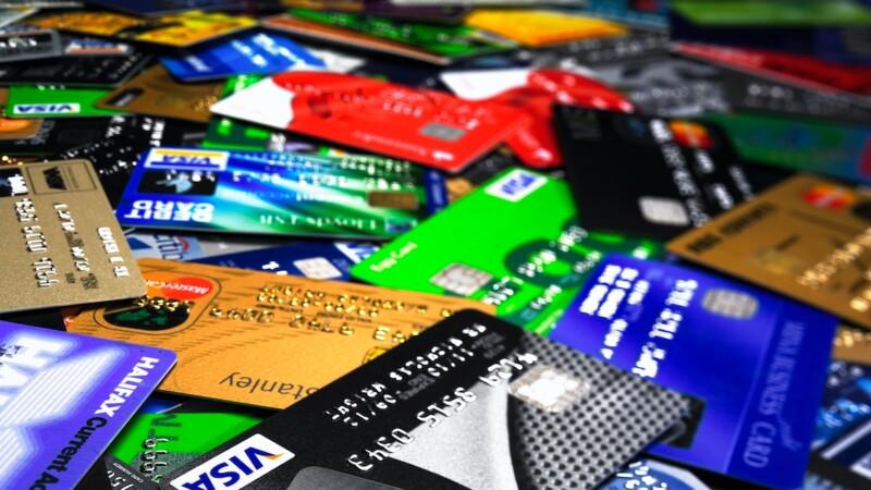 Frais bancaires : les banques qui abusent (et celles qui calment le jeu)